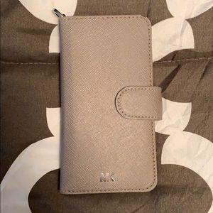 Michael Kors IPhone 8 wallet/phone case (gray)